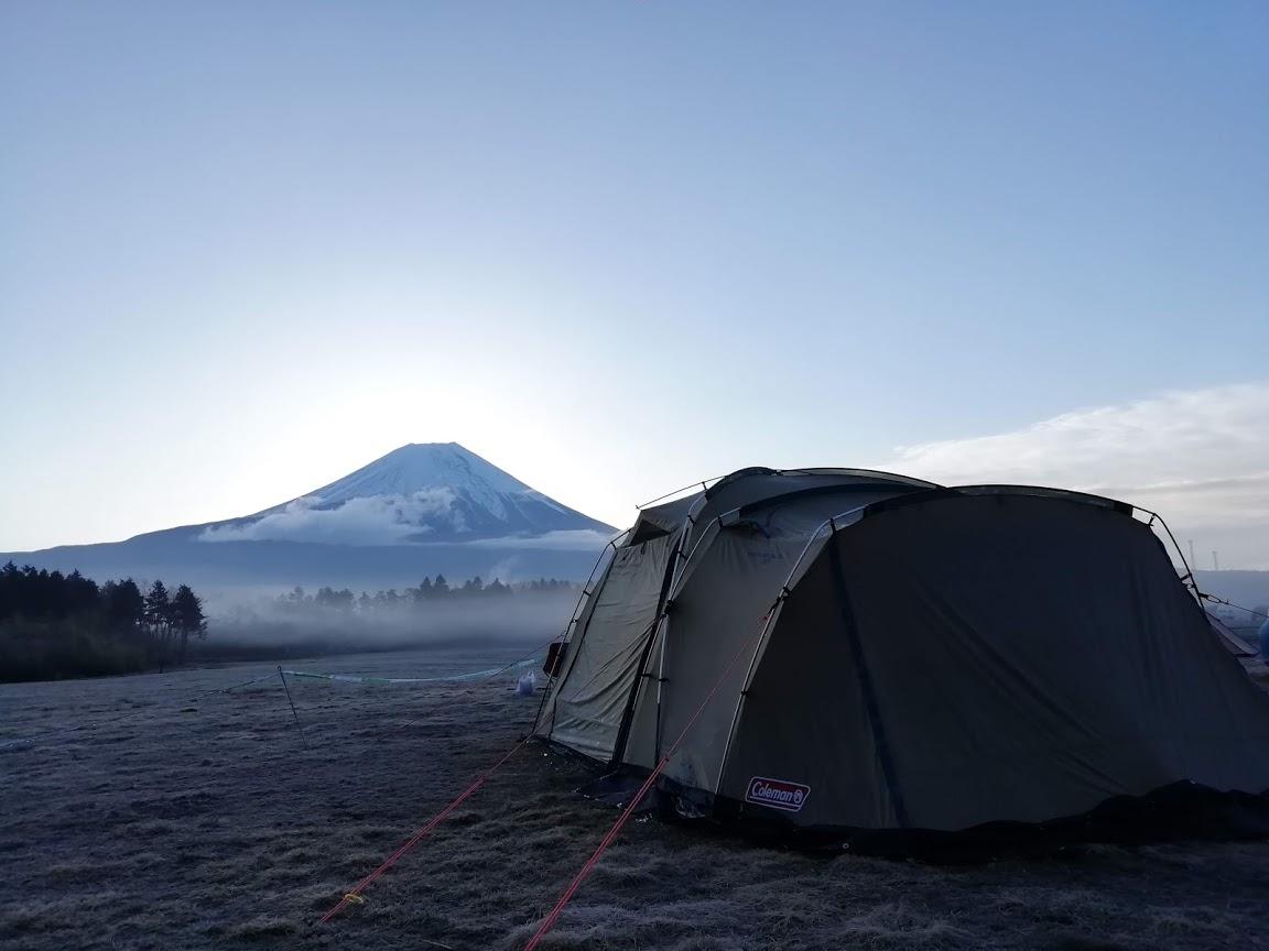 キャンプ 楽しみ方 富士山 景色 季節